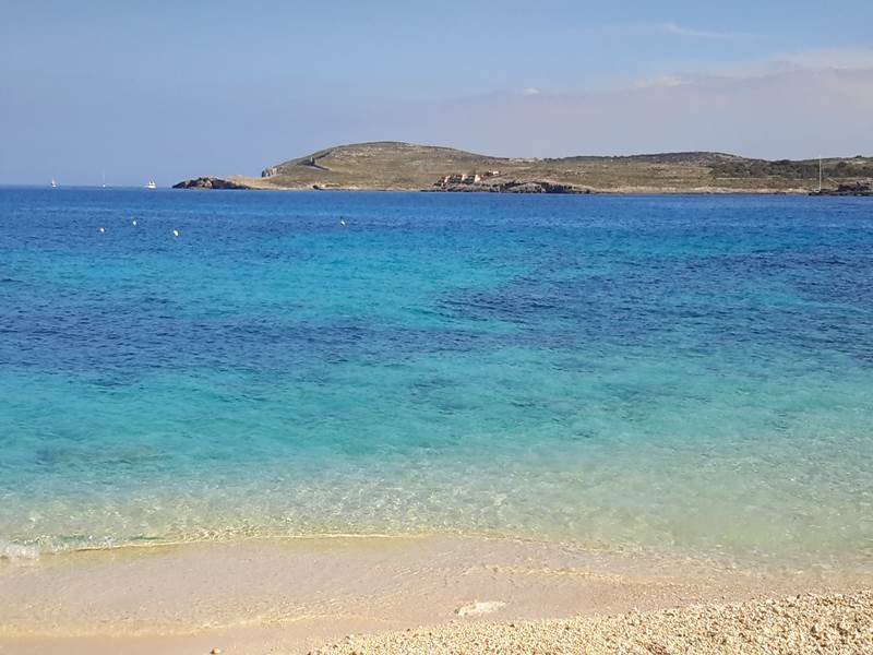 Gozo walks Hondoq bay