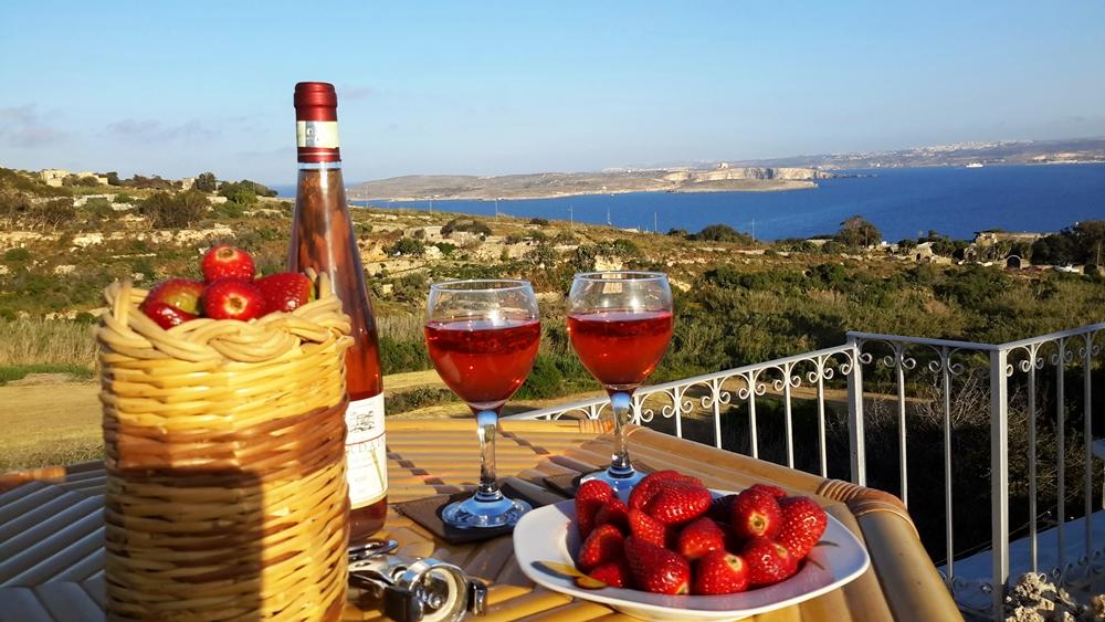 villa holidays on Gozo Malta